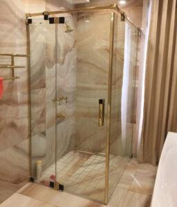 Báo giá phòng tắm kính tại Quãng Ngãi