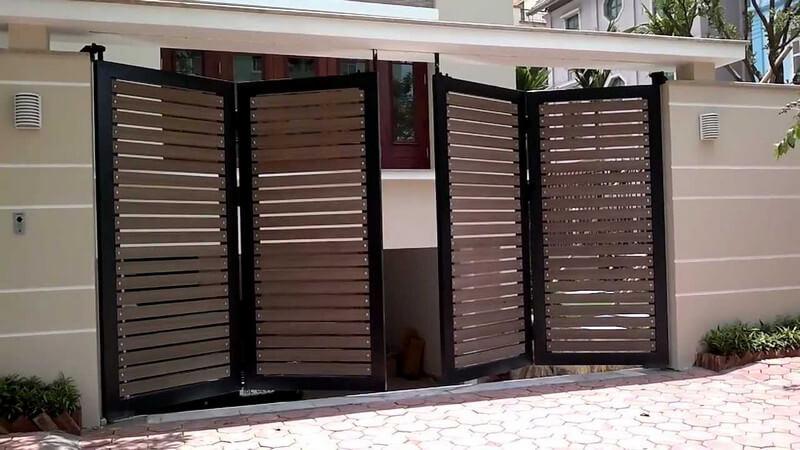 Cửa cổng nhà gỗ 4 cánh hiện đại sang trọng