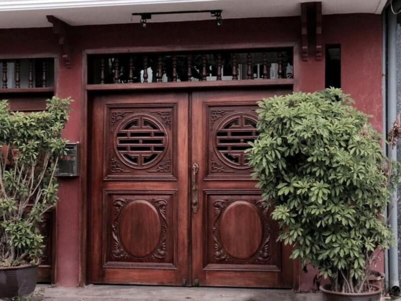 Cửa 2 cánh gỗ đẹp hiện đại