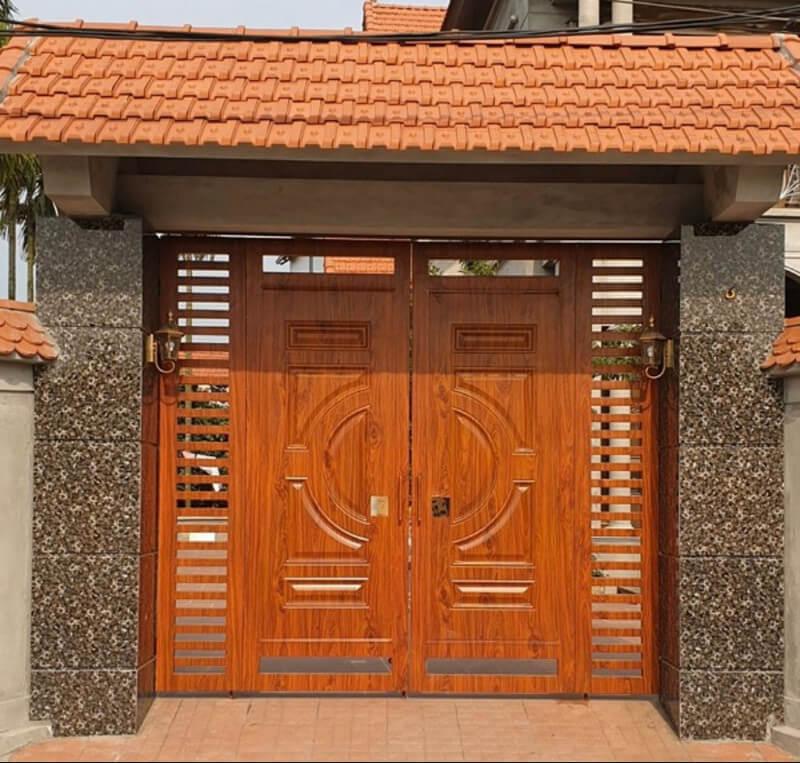 Cửa cổng nhà gỗ 2 cánh sang trọng, đẹp