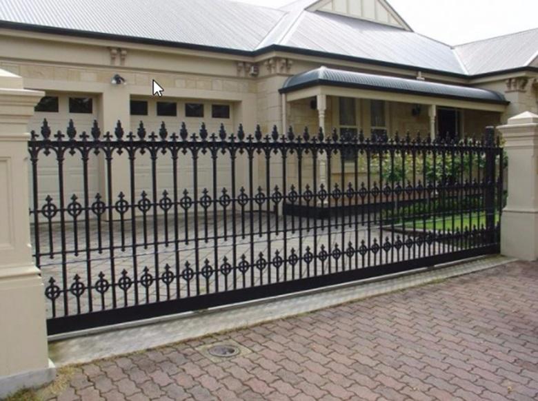 Mẫu cổng sắt phổ biến ở nhà máy