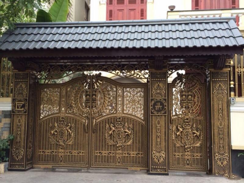 Mẫu cổng nhà tân cổ điển nhà phố