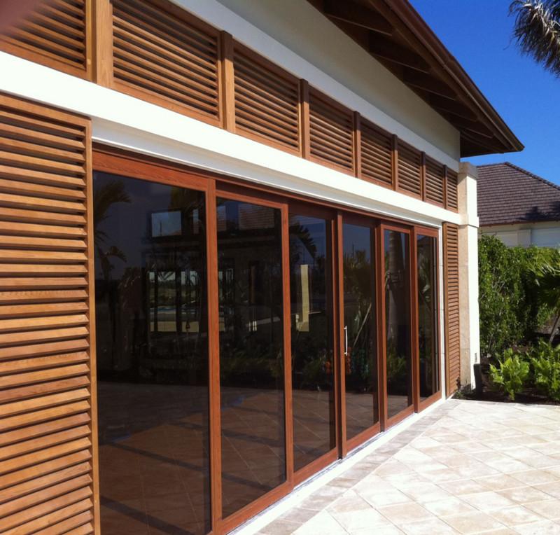 Cửa nhôm Xingfa 6 cánh hệ 134 màu vân gỗ