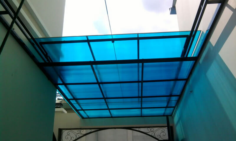 Mái nhựa polycarbonate lấy sáng