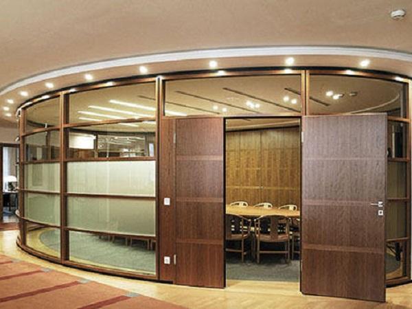 Vách ngăn nhôm giả gỗ cho phòng họp bắt mắt, sang trọng