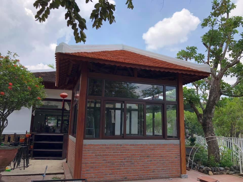 Mẫu cửa nhôm konig giả gỗ tại Thành phố Quảng Ngãi - Hình 3