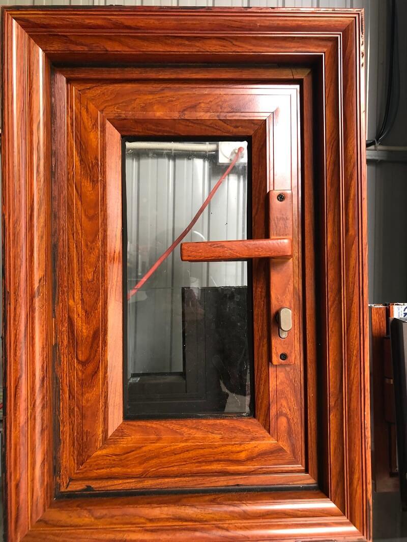 Mẫu cửa nhôm konig chắc chắn, an toàn