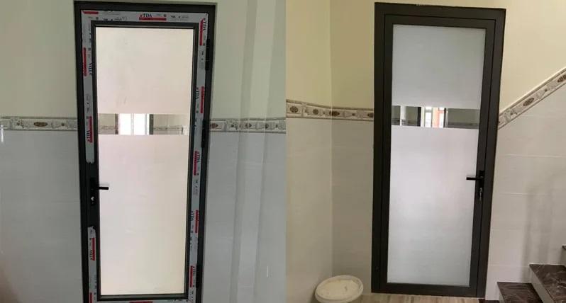 Mẫu cửa nhôm xingfa kính mờ đơn giản