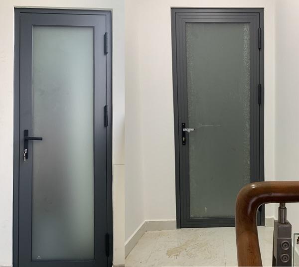 Mẫu cửa nhôm xingfa kính mờ màu đen
