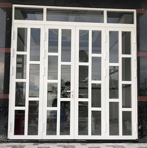 Mẫu cửa nhôm xingfa màu trắng chia ô hiện đại