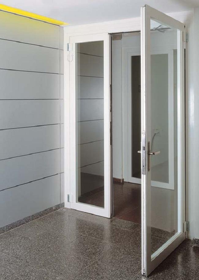 Mẫu cửa nhôm xingfa màu trắng đơn giản, hiện đại