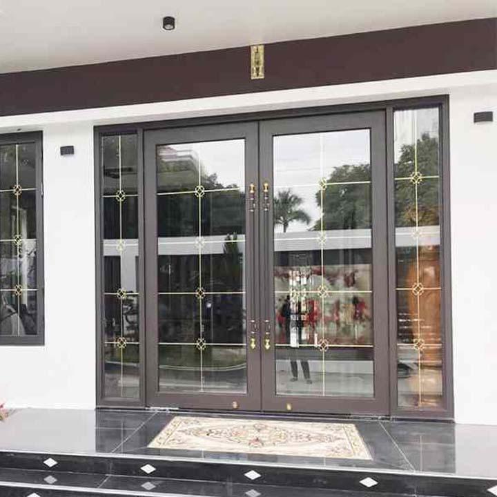 Mẫu cửa nhôm xingfa màu xám ghi với thiết kế đẹp