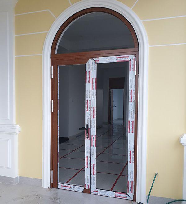 Mẫu cửa nhôm Xingfa uốn vòm cao cấp