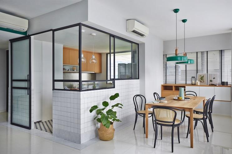 Mẫu cửa nhôm kính phòng bếp 1 cánh đơn giản, hiện đại