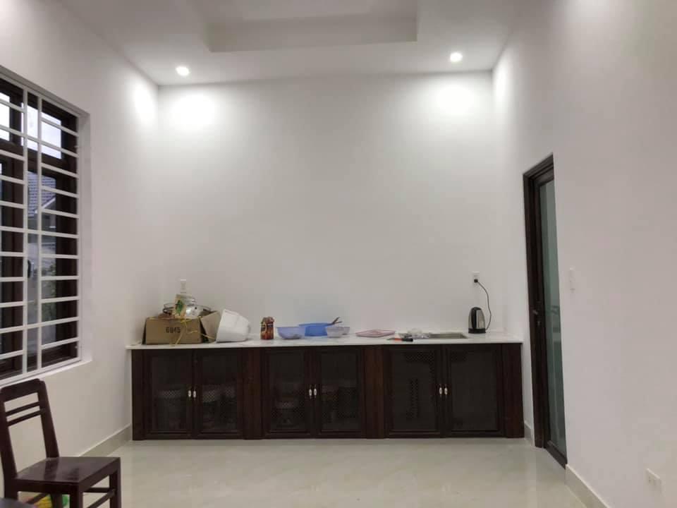 Tủ bếp nhôm hệ tủ Queen Việt  - Hình 2